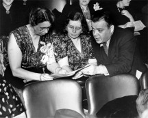 David-Dubinsky,-Eleanor-Roosevelt,-Rose-Schneiderman-at-a-production-of-Pins-and-Needles